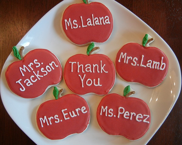 Teacher Appreciation Cookies – That Sweet Ang